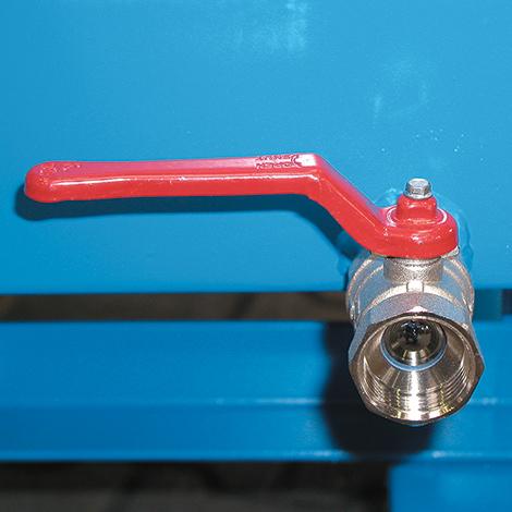 Späne-Kippbehälter niedrig, ebenerdige Entladung. Mit Einfahrtaschen, bis 0,75m³