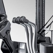 Spalinowy (gaz) wózek widłowy Jungheinrich z przekładnią hydrodynamiczną, typ TFG 316. Udźwig 1600 kg, wysokość podnoszenia 3300 mm