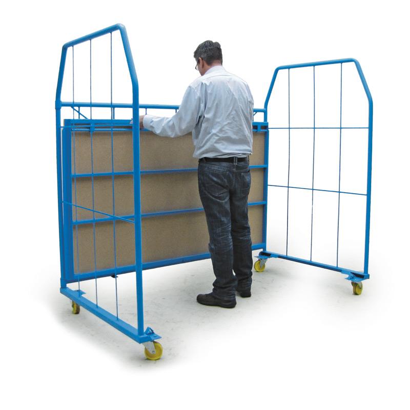 Stapelbox Universal mit 3 Gitterwänden. Maschenweite 25x50cm
