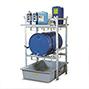 Stapelgestelle für 60 + 200-Liter-Fässer + Kleingebinde. Auffangvolumen 220 l
