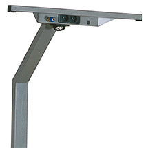 Stativ mit integrierter Lampe