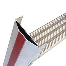 Stufen-Stehleiter HYMER® Premium mit Bügel. Einseitig besteigbar