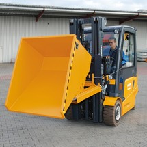 Tipping container with rolling mechanism, painted, volume 0.9 m³