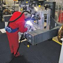 Tira de rebordo, sistema de encaixe para locais de trabalho de soldador