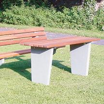 Tisch STOCKHOLM mit Betonfuß, Latten Holz oder PVC