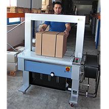 Umreifungsmaschine BW 200 mit autom. Bandeinfädelung für 12mm Band