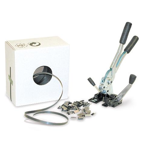 Umreifungsset mit Kunststoffband im Spendekarton. Inkl. Spann-/Verschlussgerät