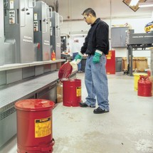 Veiligheidsafvalbakken. Inhoud 20 - 80 liter