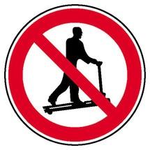 Verbotsschild – Mit Hubwagen rollen verboten