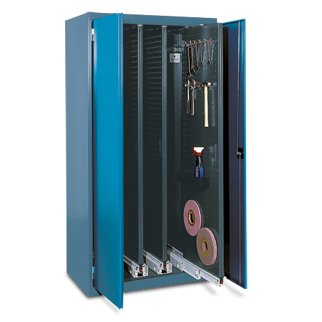 Vertikalauszugsschrank mit Türen. 3 - 5 Lochwandauszüge
