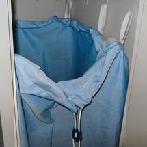 Waszak van polyester met 7 ophanglussen