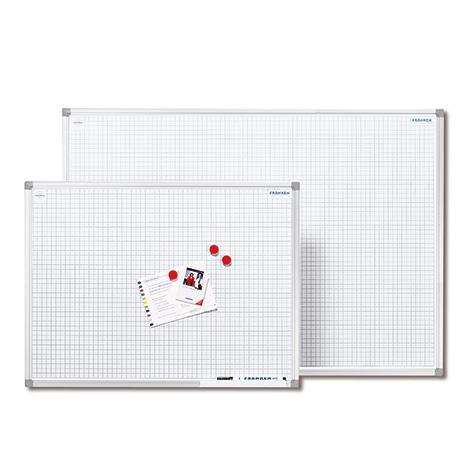 Whiteboard mit Raster. Größe bis 900 x 1200 mm