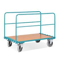 Wózek transportowy do płyt z 2 wkładanymi uchwytami. Udźwig 500 kg.