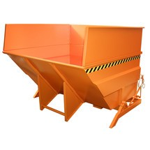 Zbiornik przechylny o dużej konstrukcja, malowany, pojemność 5 m³