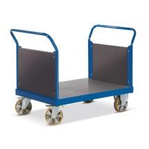 Zware lading plateauwagen Rotauro met 2 kopwanden. Capaciteit tot 2200kg